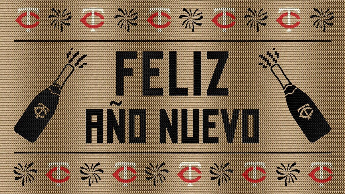 ¡Feliz Año Nuevo 2021! ¡Que la alegría de un año nuevo ilumine todos sus días! 🎆🍾⭐️  #LosTwins https://t.co/blhcNSz9Ms