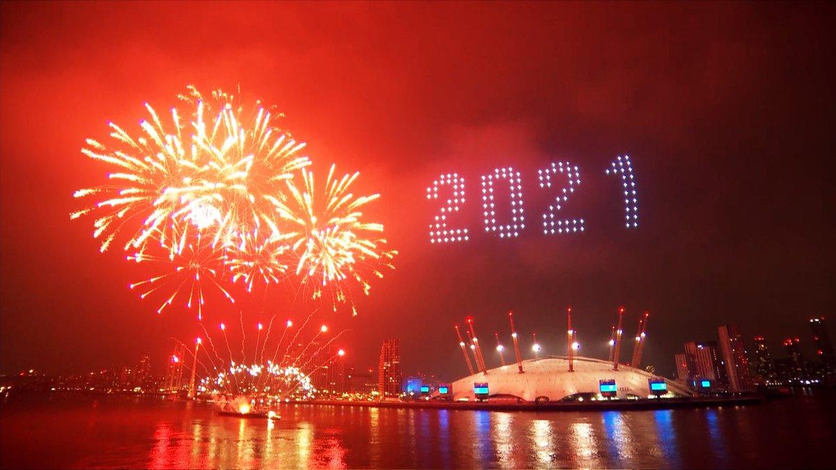 Watch Londons 2021 Fireworks!