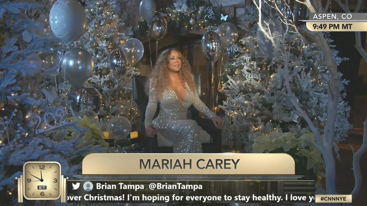 Who else is doing it like this?! Happy New Years to the GOAT @MariahCarey 🥂