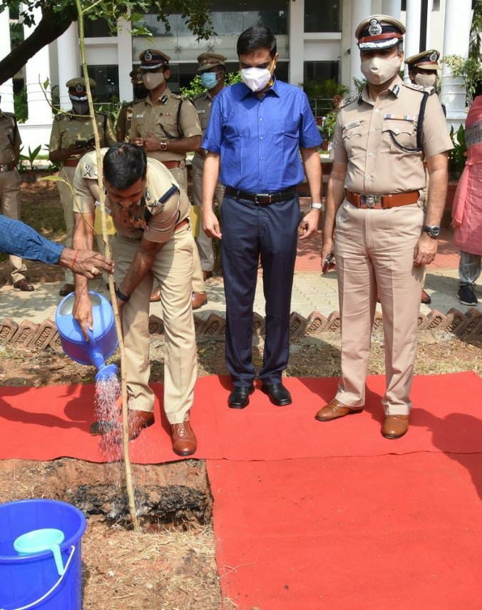 There can't be a better beginning of the New Year than planting a tree. Tree plantation at CPO campus.