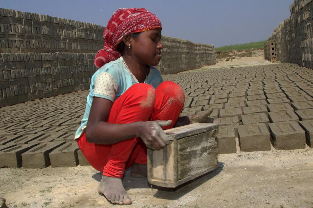 Die @UN haben 2021 zum Jahr der #Abschaffung von #Kinderarbeit ausgerufen. Das funktioniert nur, wenn arbeitende Kinder und Jugendliche ihre Interessen selbst vertreten - auch auf der politischen Bühne. Wir unterstützen sie dabei! https://t.co/CVAguxr9HI #partizipation #teilhabe https://t.co/bCrmYxwahH