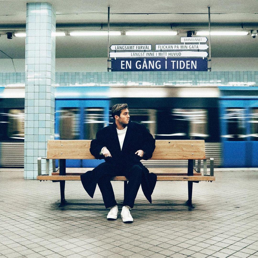 "Benjamin Ingrosso >> album ""EN GÅNG I TIDEN"" Eqp7EtCW8AIf22x?format=jpg&name=medium"