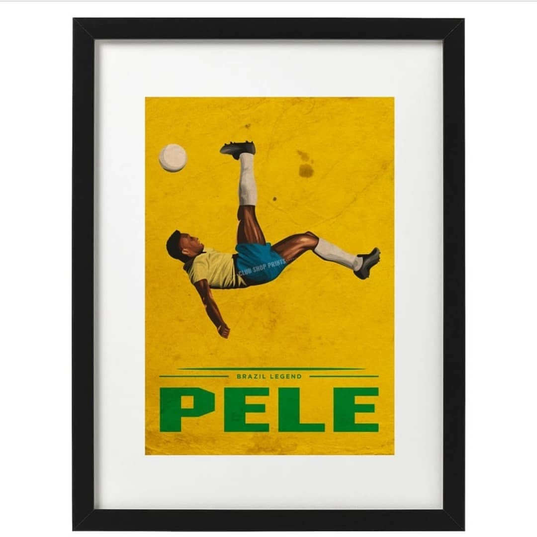 Pele art prints available now. Free UK delivery. Link in bio 👆 #footballart #etsy #etsyshop #pele #Pele80 #r9 #Ronaldinho #rivaldo