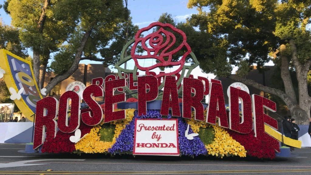 How the 🌹 Rose Parade Will Look Different (and Not Be a Parade) on 🎉 New Year's Day📆 2021   @Variety #RoseParadeReimagined #RoseParade2021 #HAPPYNEWYEAR #HappyNewYear2021 #RoseParade