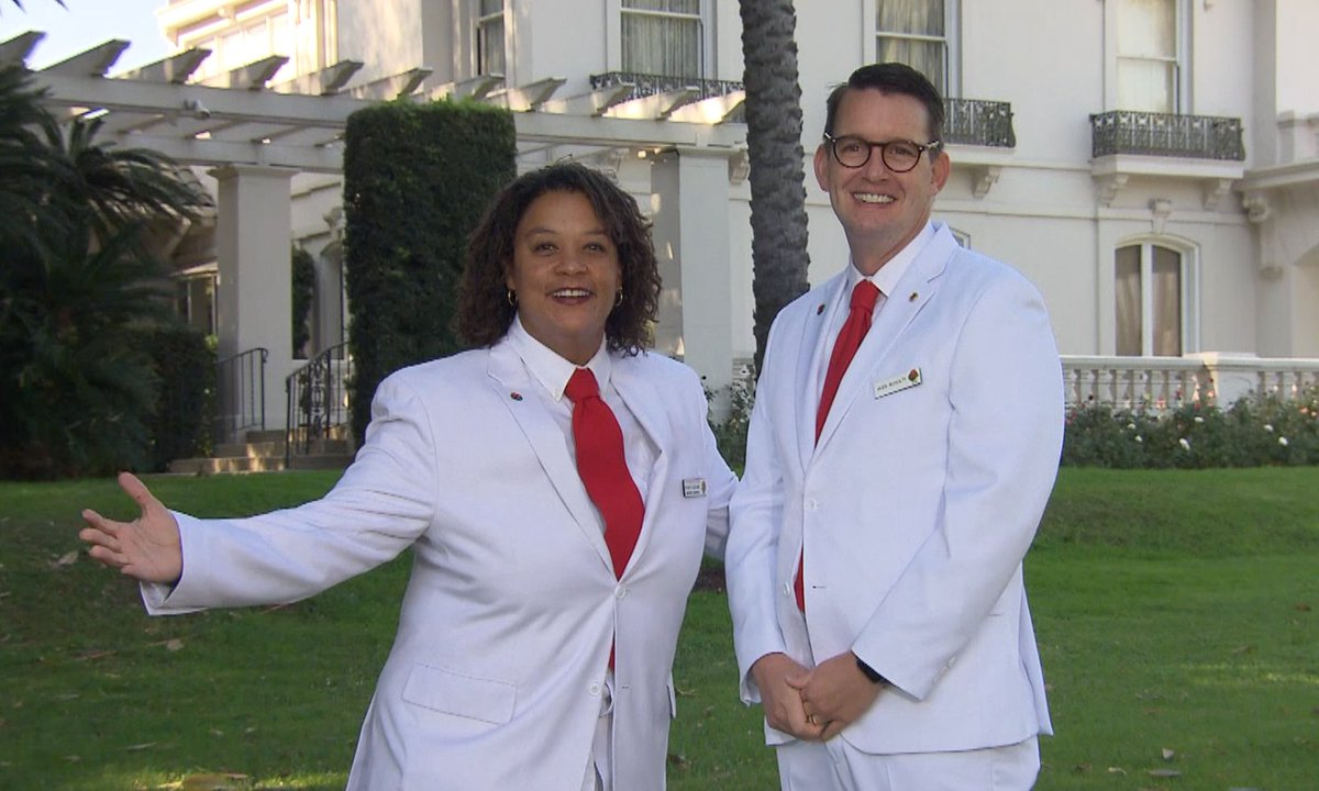 We <3 our #TournamentofRoses volunteer members! Without them, the tradition of the #RoseParade could not be possible. Thank you White Suiter family for your dedication and passion. Now let's get to planning for 2022! #RoseParadeReimagined