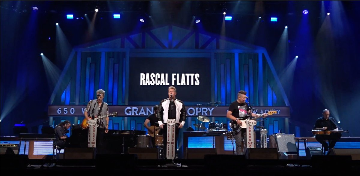 """Happy New Year from Nashville! @RascalFlatts performs """"How They Remember You"""" at the @opry! #RoseParadeReimagined"""