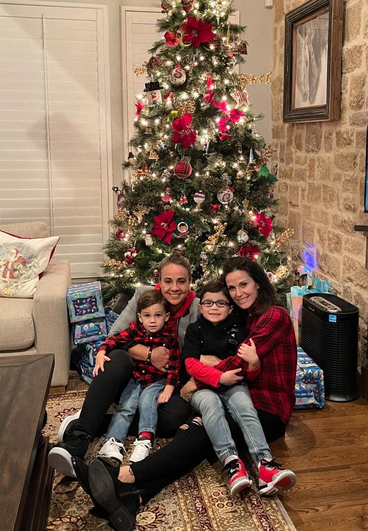 My REASONS in every SEASON! We made it through 2020! Happy New Year! And thank you to everyone! #HappyNewYear #spurs #family #betonwomen