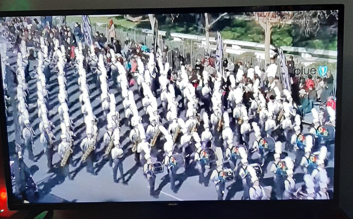 Just enjoyed the encore performance of #RoseParade2020 to see my favorite band again with my favorite bass drummers #PearlandHSBand #PercussionRocks #RoseParadeReimagined