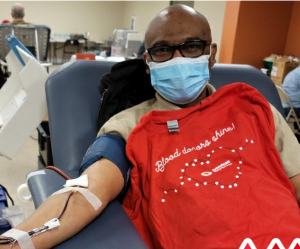 Happy New Year from the Red Cross!  Resolve to be a #LIFESAVER at the @nbc4i @979WNCI #BloodGiveIn Blood Drive Wednesday Jan. 6! Start your #NewYear and #GiveWithMeaning for hospital patients and those in need of lifesaving blood products.