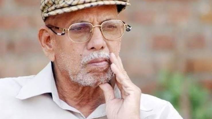 A Guru who guides & helps you find your feet, lives with you forever.  There's so much that you have left with us Achrekar Sir, 𝒕𝒉𝒂𝒕 can never be described in words. Thinking of you & your invaluable lessons both on & off the field.