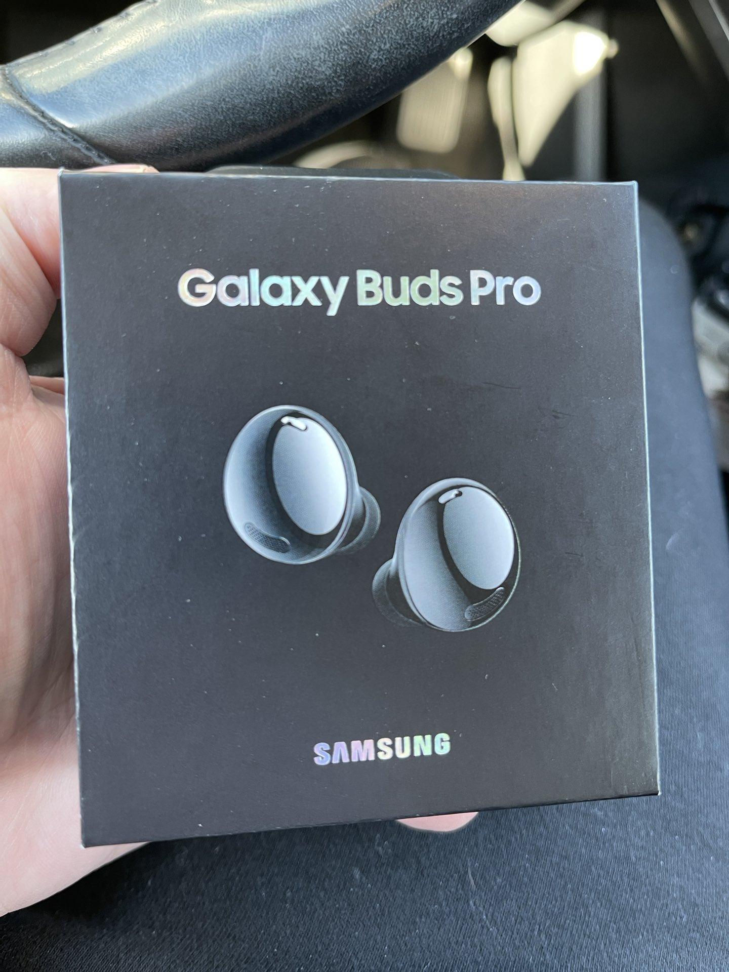 Samsung Galaxy Buds Pro earbuds fotos