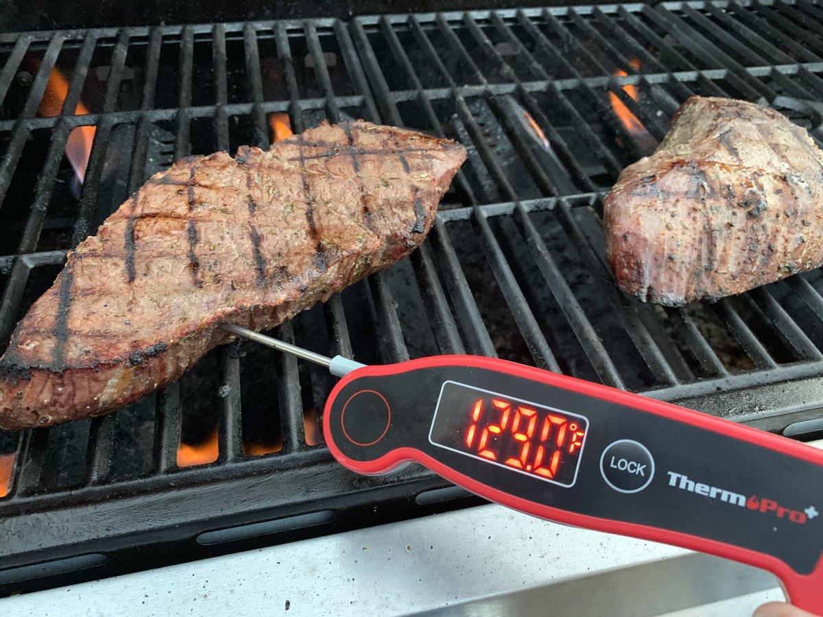 Steak night should be every night! Who agrees?! 🥩 📸: @bestontheblockbbq https://t.co/I2wnsqZQRz