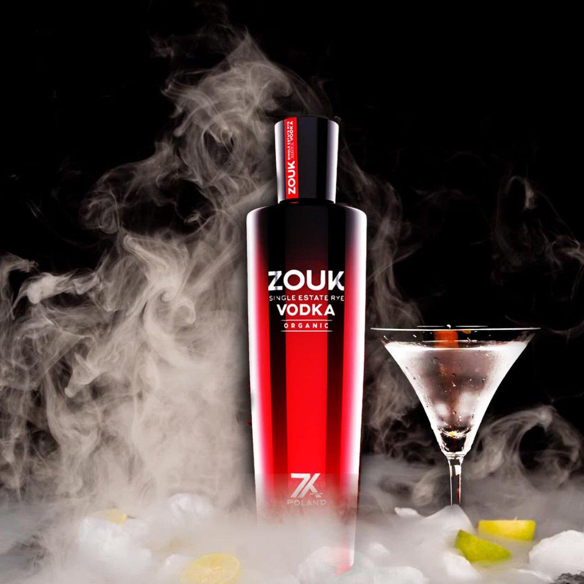 Table Check- Zouk Vodka ✅    Beat the cold night with Zouk Vodka   #zoukVodka #sundaymood☀️ #winter #eveningmood✨ #loveforvodka #vodkalover #vodka