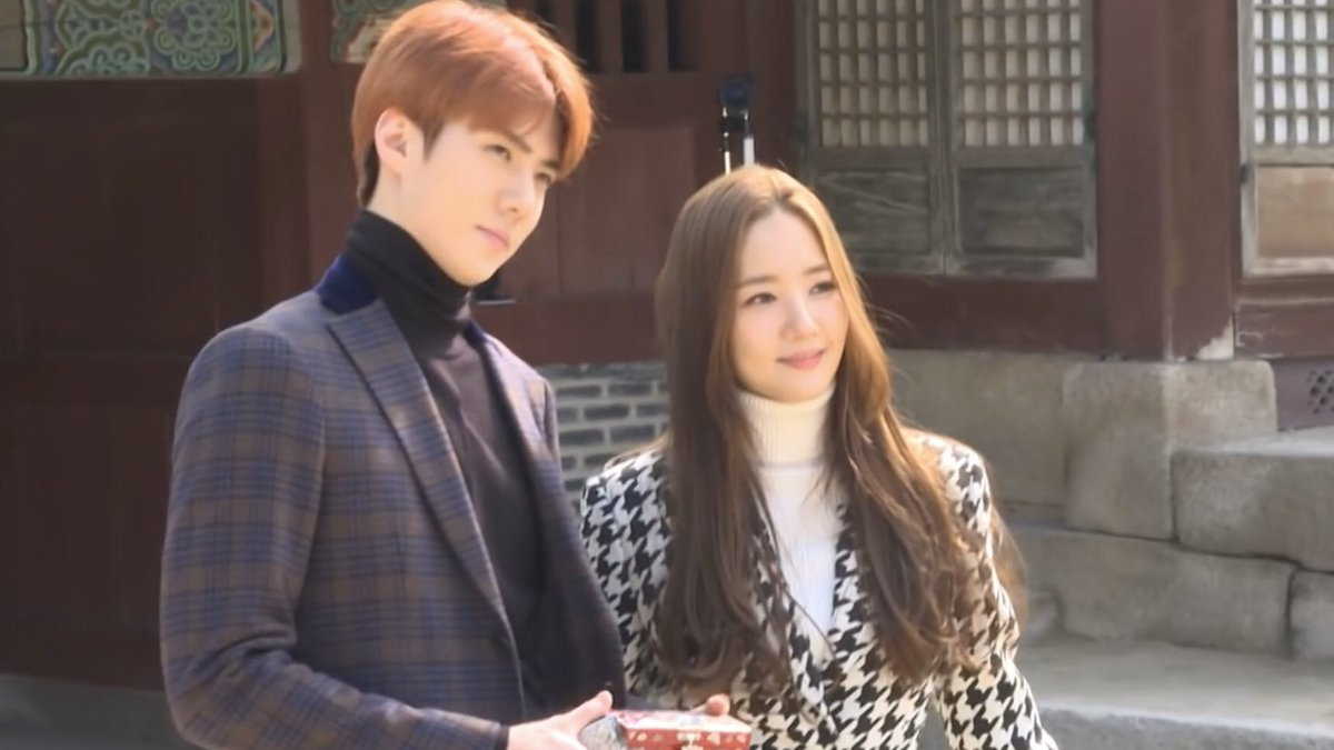 Oh Sehun x Park Minyoung as:           Models ✨             Detectives 🔎