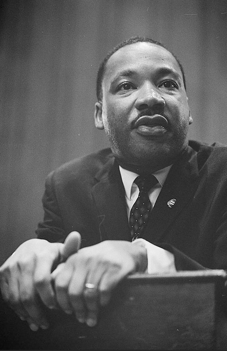 Dr. Martin Luther King, Jr. dedicated his life to the struggle for civil rights in the United States. Today, in honor of his birthday, Americans celebrate Dr. King's ideas and his memory. His legacy inspires us to continue to work towards a more perfect union. https://t.co/CP0u6DJxzX