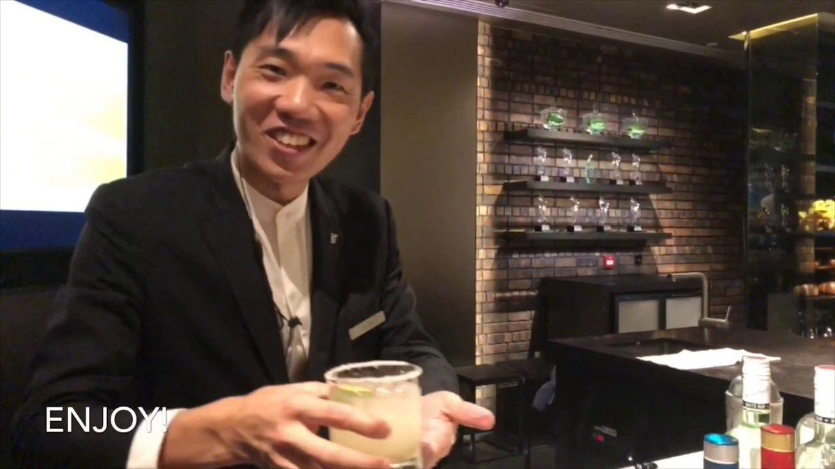 Look back at Hong Kong the last time we were there.  #HongKong #travel #food #wine #mixology #golf #UndercoverJetsetter #JohnDaly #SusanAnzalone #TravelLikeALocal #TravelLikeARockStar #shotOniPhone