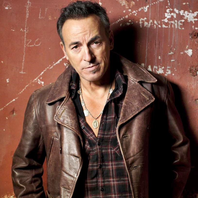 Now Playing on Retro Mix 103.3 - Dancing In The Dark by Bruce @Springsteen - Go to  to listen! #Live365 #NP #80s #90s #Shoutcast #Stream #NowPlaying #InternetRadio  Buy your own copy of it on Amazon here: