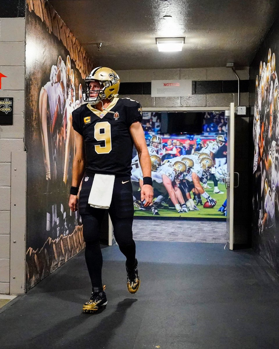 Since this is probably it, I'm gonna fucking miss #9. If it wasn't for the 2005 season, specifically the nfc championship game that year, I don't think I would've ever grown to become a football fan. @drewbrees forever my GOAT 🐐 #WhoDat ⚜️