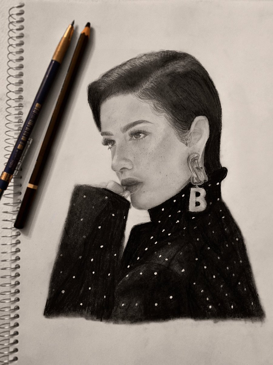 Replying to @isthereaureum: happy #manicanniversary !! here's my drawing of halsey i did last year of release day <3