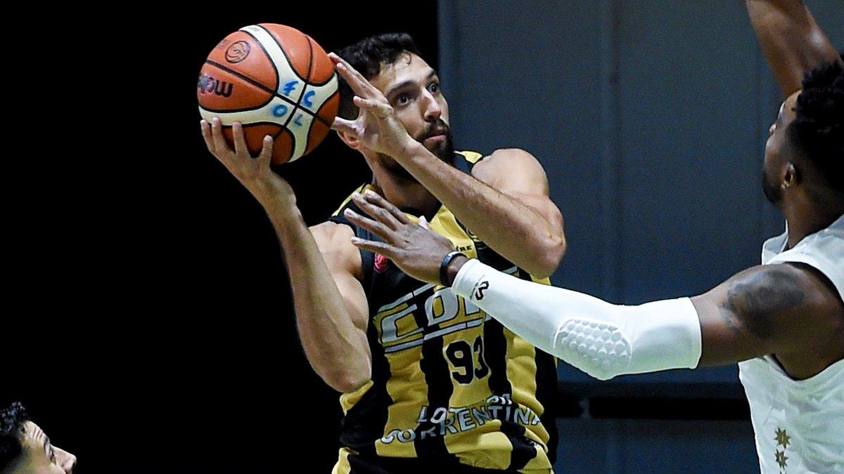 🏀 Con 9 pts en el duelo entre @basquetcomu1 e Instituto, @fierrito_m pasó los 5⃣0⃣0⃣0⃣ en la @LigaNacional. Tiene 5.007 en 643 partidos.  📸 @marceloendelli