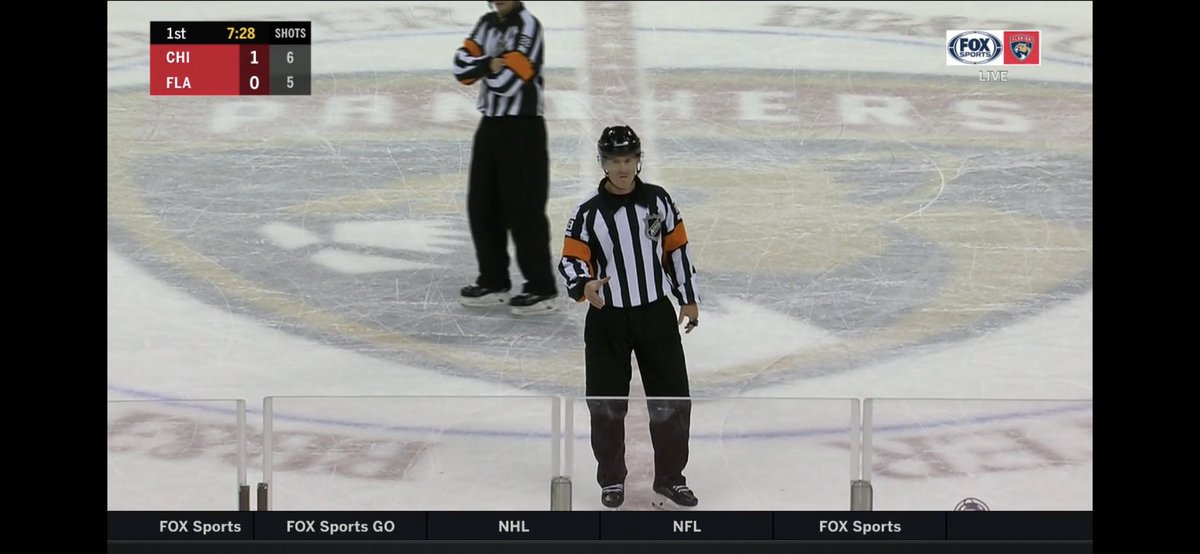 Cats challenge if Hawks were offside and it is a no goal. #FlaPanthers #Blackhawks #HockeyTwitter #NHL #CHIvsFLA https://t.co/nblsrIfWTR https://t.co/omltUQ5ieu