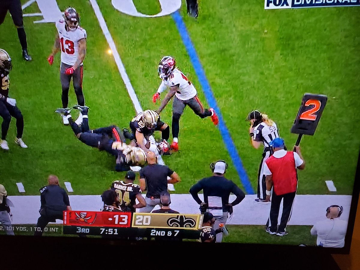Not really sure how she missed that Personal Foul - Face Mask? She was in perfect position to make tge call. #TBvsNO