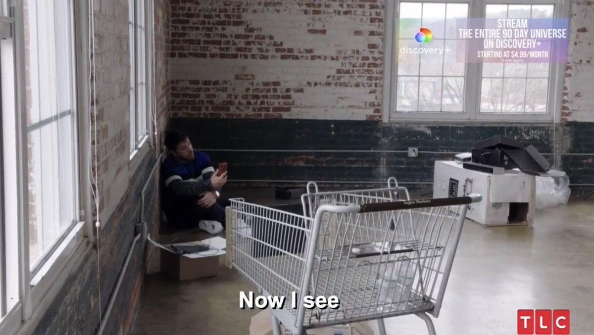 Zied looks like an hostage at an empty grocery store. 😂 #90DayFiance