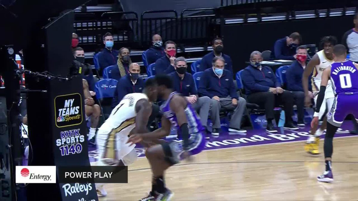 Replying to @PelicansNBA: PUT HIM ON A POSTER ZION