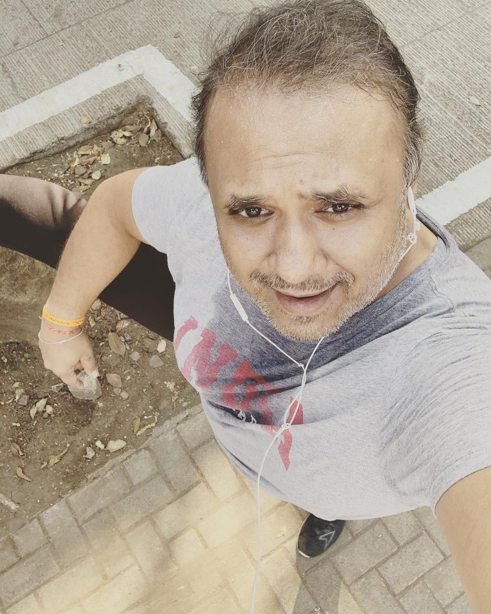 Run, walk, jog, run.. walk... jog... this is the only way to get rid of every rog ( diseases) 🤪🤪🥳🥳😊😊😂😂😂 #healthcare #healthy #FitnessMotivation #fitnessjourney #SaturdayMotivation #SaturdayVibes #MotivationalQuotes #ThursdayMotivation 💪💪🥳