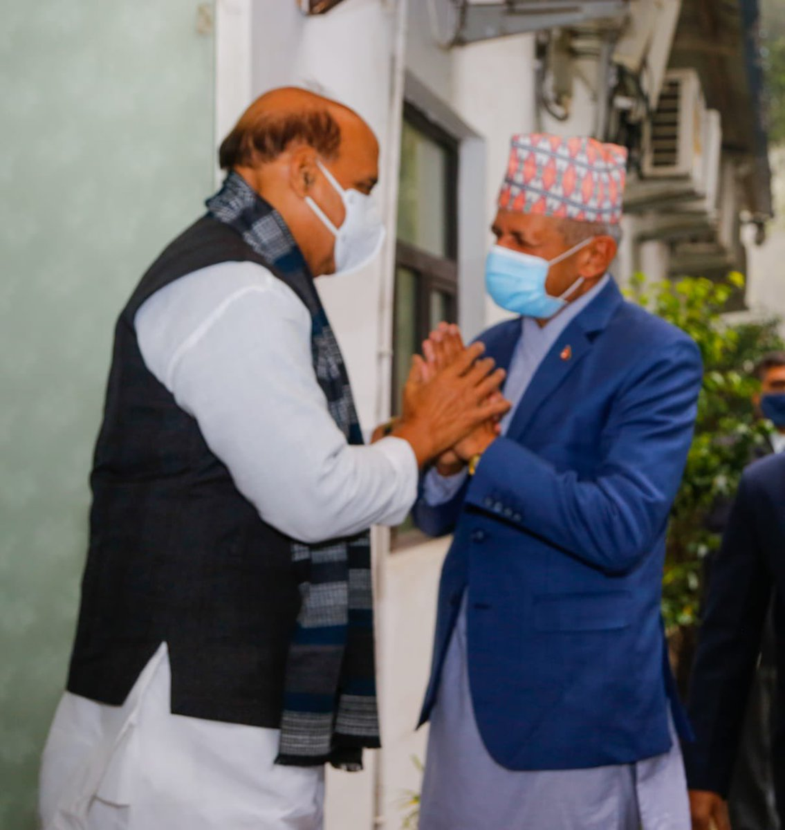 Had a wonderful meeting with the Foreign Minister of Nepal, Shri @PradeepgyawaliK today. India's relations with Nepal are not limited to governments in both the countries but it is driven by the people of the both the nations. India-Nepal relations offer limitless potential.