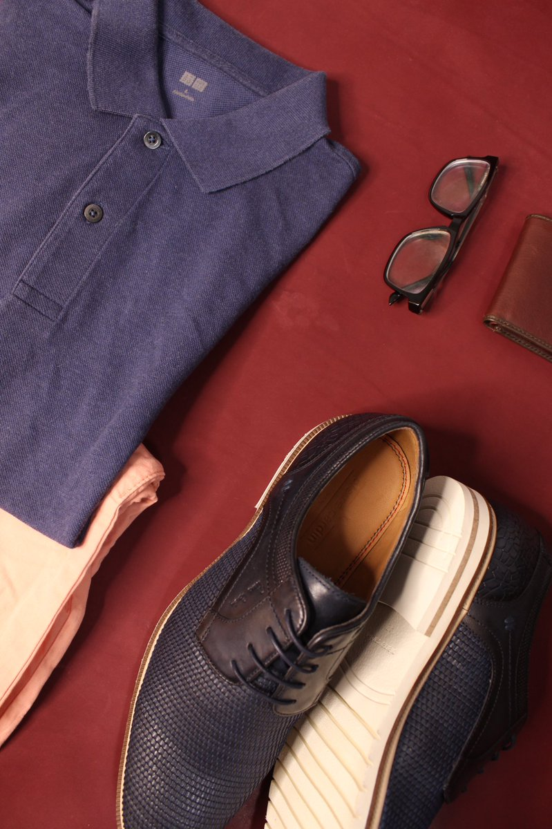 Pierre Cardin Saturday look..would you wear blue or pink t- shirt with these classic blue leather shoes #SATURDAY  #pierrecardin #Pink #blue #fashionstyle #leathershoes #SaturdayMotivation