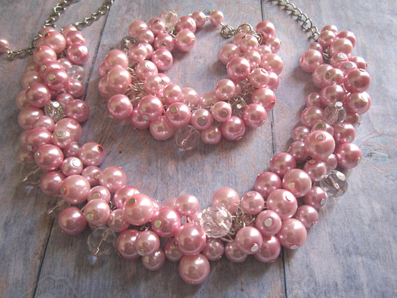 Dusty Pink Rose Pearl  via @EtsySocial #shoplocal  #handmade  #pearlnecklace #pinkpearlnecklace