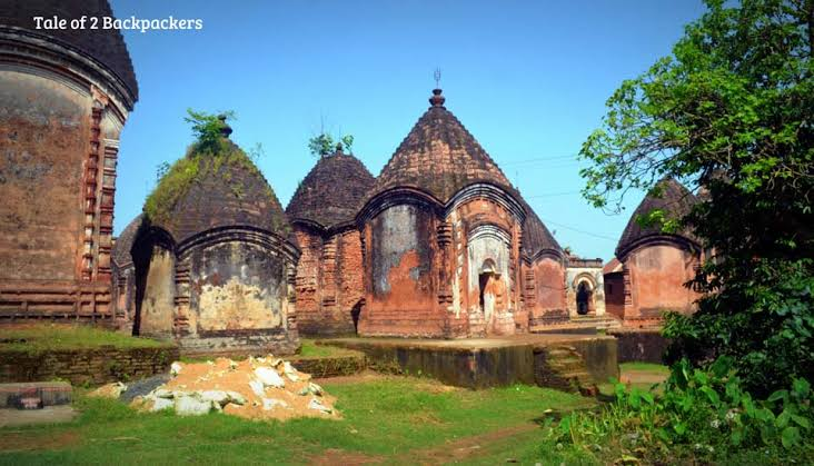 Did you know the Maluti Terracotta Temples in Maluti Jharkhand are hundreds of years old. There were initially 108 Temples but sadly only 72 remain (in ruins). The temples, mostly of Shiva, are dotted in five different clusters — Sikir Taraf, Rajar Bari,...  @LostTemple7