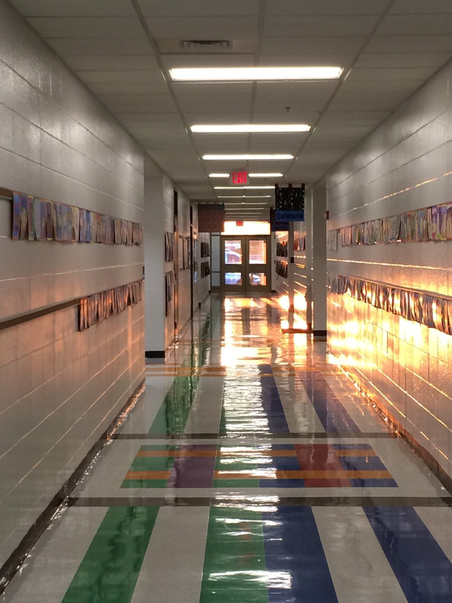 Morning at my school September 2018. Walking past Art in the halls. This is why I teach!! #GoTeachKY #Create #EdRisingKY #ONEKENTUCKY #TEAMKENTUCKY #School #Students #Education #Art #Teaching #Photo #Learning #Principals #Superintendent #Morning #Weather #Sunrise