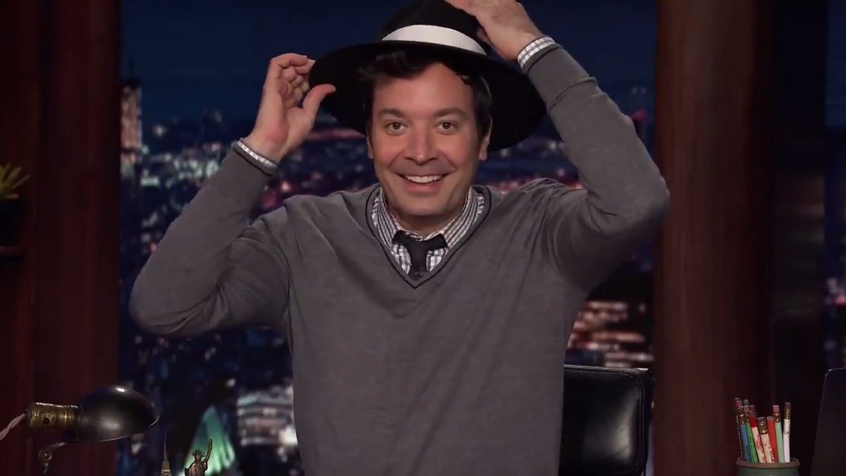 """""""That looks TERRIBLE!""""  Nicole shares how she really feels about how Jimmy looks in a fedora 😂"""