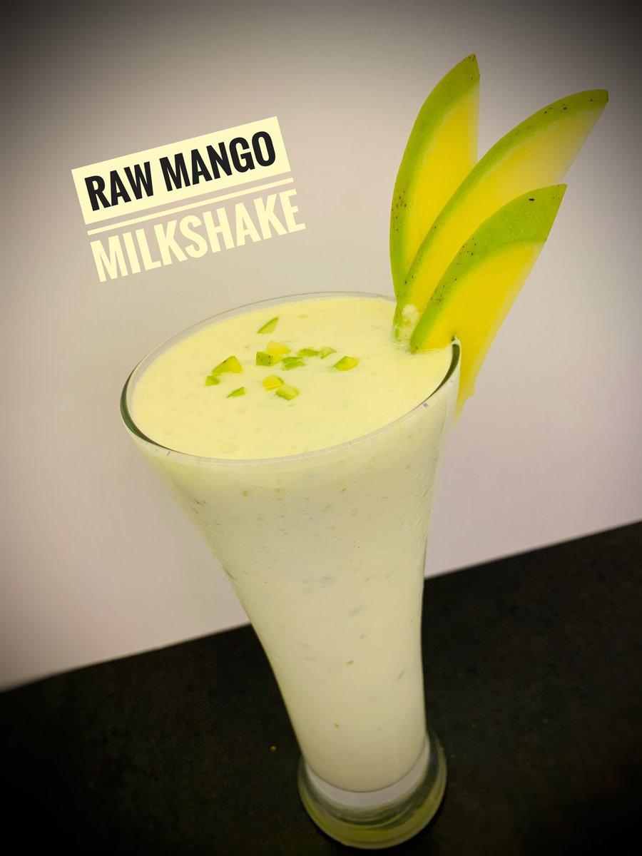 Special of the day at John's cafe.. Raw mango milkshake 🥭🥛.. .. . . #milkshake #mangotime #foodstagram #foodphotography #cafestagram #healthy #yummy #foodie #pondicherry #johnscafê