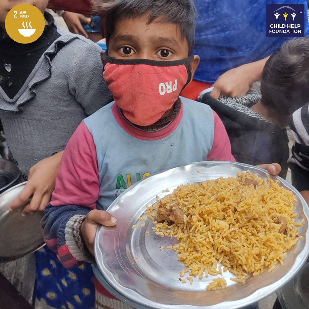 #ChildHelpUSAFoundation supports Roti Ghar, an Initiative By Chinu Kwatra who has been giving warm food to the underprivileged people of Bangalore, Delhi, Hyderabad, Airoli Sector 19 & 20, Brahmand, and Thane West and are able to feed 1800 people.