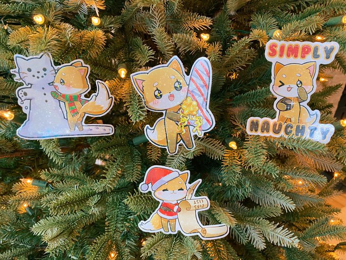 1 pic. 🎄🦊 MY HOLIDAY STICKER PACK ARRIVED!!! 😭🧡🦊 They turned out so cute, and I love the shimmer/stars/snowflakes
