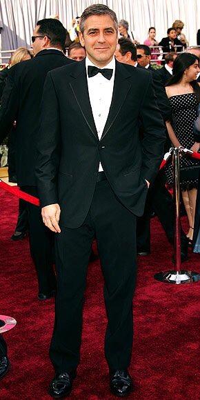 #HappyJanuaryMovieChallenge2021 Day 16 - Red Carpet Look, Actor 2000-2020.  George Clooney. https://t.co/1nLsJNDXVU