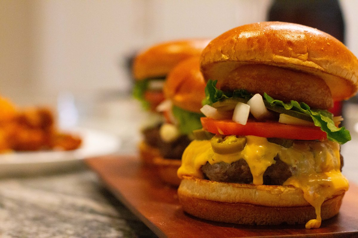 We like food, so getting to promote it is like a dream come true. @CorpMagazine is spreading the @HopCatGR Stella's Cloud Kitchen burger love . https://t.co/KdyTP7mpCi #yum #publicrelations https://t.co/gfQGDCKWRj