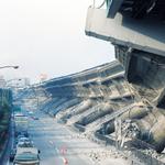 SF映画ではない、26年前に起きた阪神淡路大震災の神戸・・・