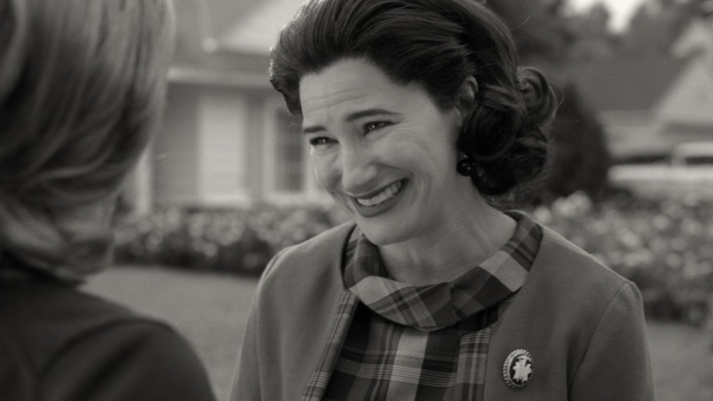 Kathryn Hahn was born for this role #WandaVision