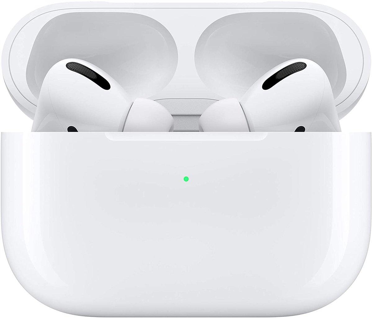 RUN QUICKK!!  NEW Apple Airpods Pros for $219.99!!!  -Under retail, retail $250!!!!!  https://t.co/CWCWdBvvNa https://t.co/wDqQsgU7IF