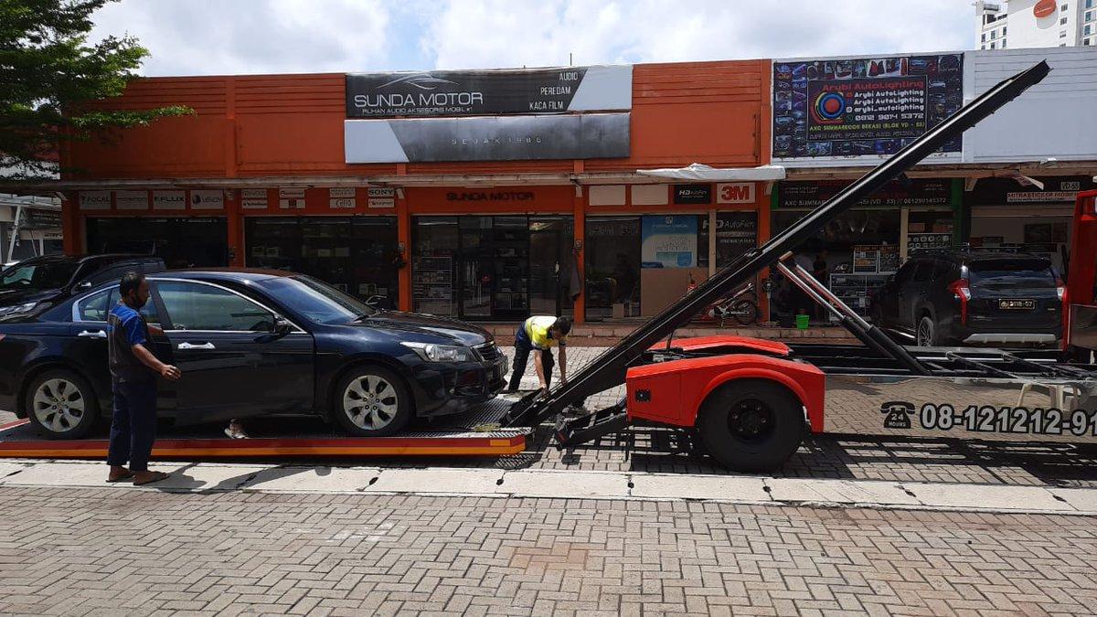 Towing Hydraulic  S Towing  silakan order jika membutuhkan   #DriveMe  #towingviral #COVID19  #bengkel  #montir