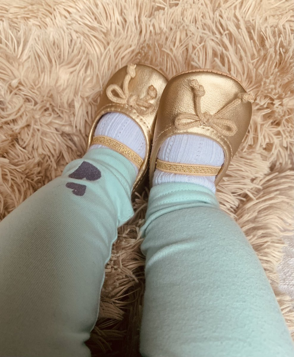 Baby shoes are too adorable ❤️ ❤️ ❤️. What's on your feet? #4evermybaby2019 #childrensconsignment #shoplocal #shopsmall #itmatters