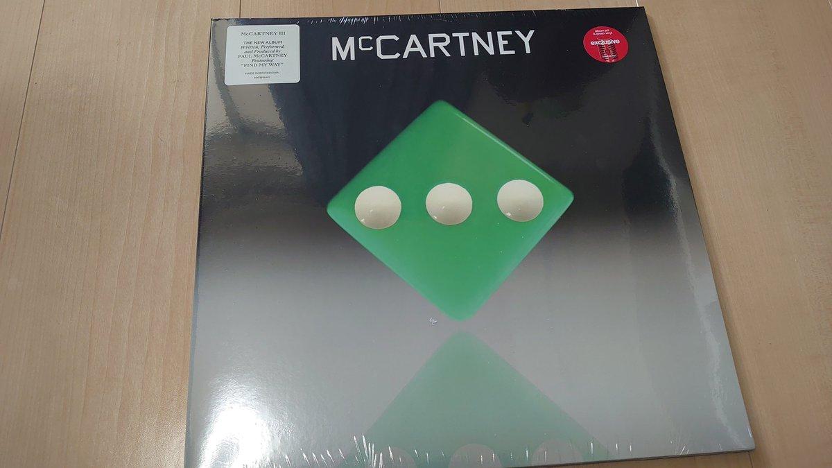 ついつい買っちゃった緑きたあああ!いい色! #McCartneyIII
