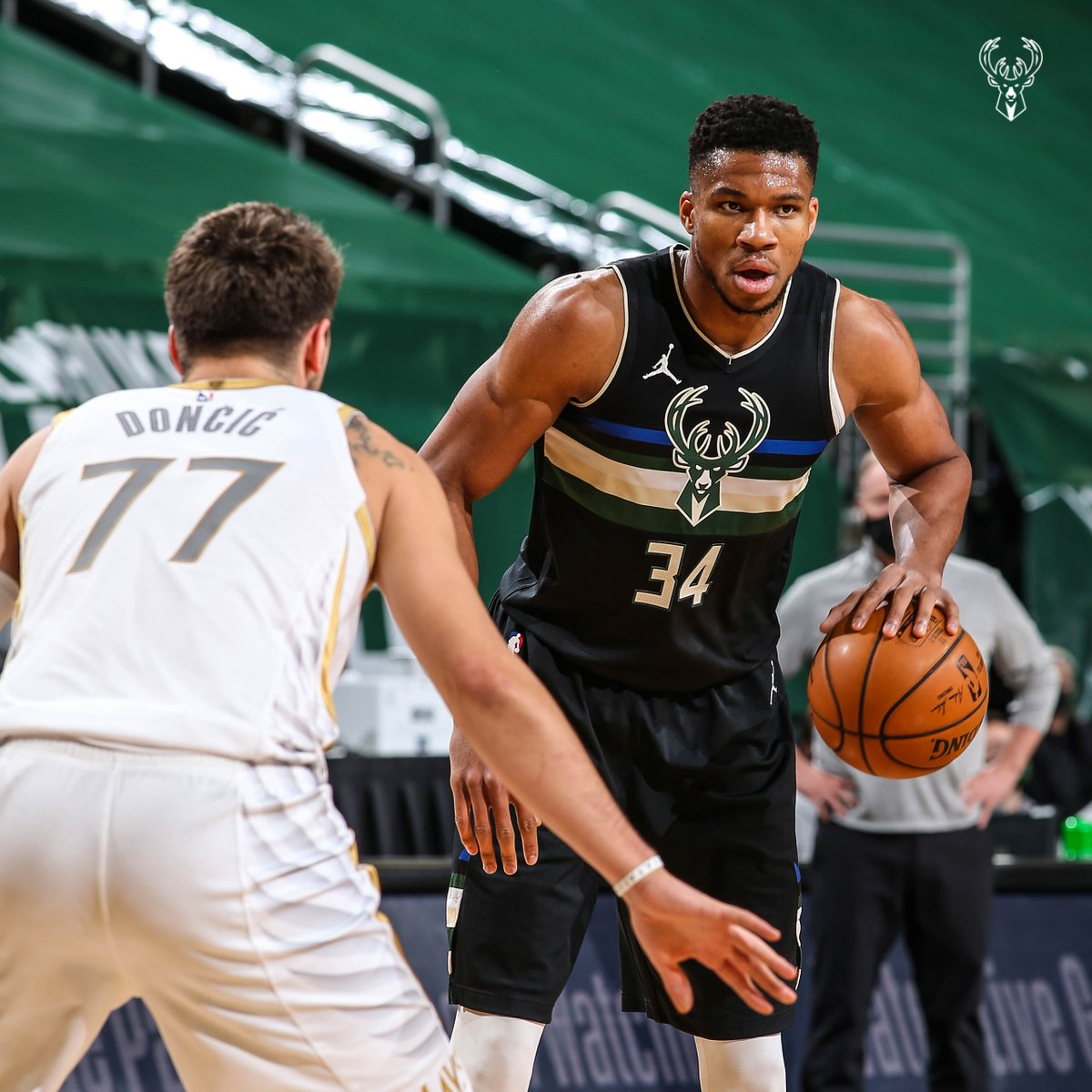 The Greek Freak hit up the Mavs for 31 points and the WIN. https://t.co/OlPlpgZ16a