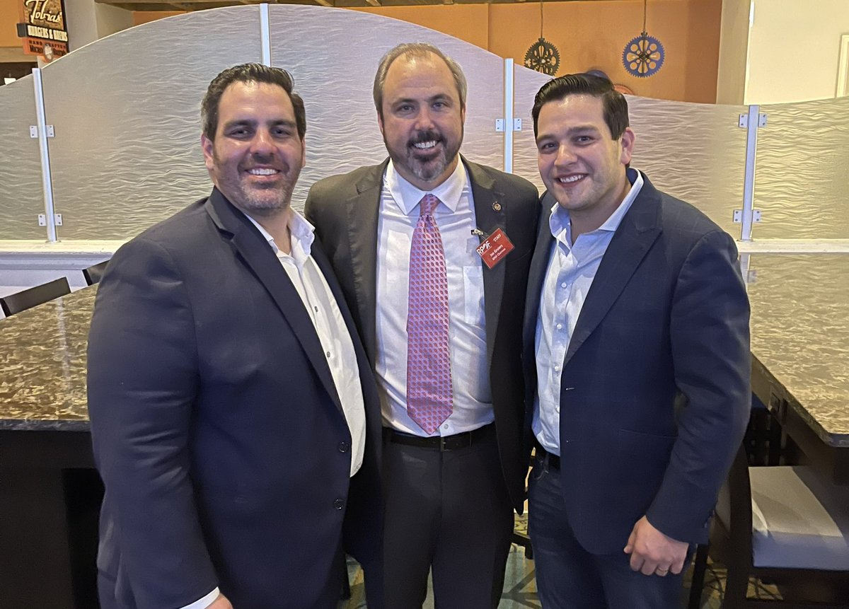 Big re-election tomorrow for RPOF Chairman and we have the best campaign staff for President Trump in the Country here to support the team.  Florida dominated in 2020 and these two are superstars.  @AlexGarciaFL @_KevinMarino @FloridaGOP wins big!  #MAGA https://t.co/GdJkf0MgrX