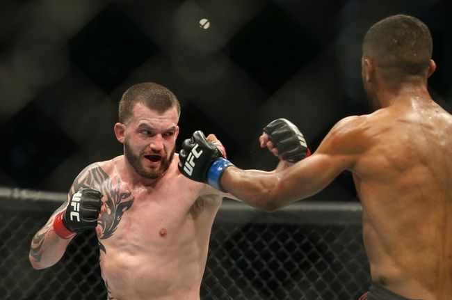 UFC Fight Island 7: Austin Lingo vs. Jacob Kilburn Picks, Odds and Predictions https://t.co/GrHr0eKe7W #ufc #ufc249 #ufcfl #mma #mma2020 #mmatwitter #ufcfightnight #ufc176 #ufcvegas #ufc250 #ufcapex #gamblingtwitter #bettingtwitter #bettingtips #freepicks #espn #ufcfightisland7 https://t.co/BN4bKbiKjl