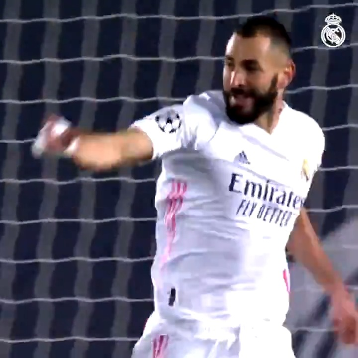 🔝 @Benzema is on 🔥 this season! ⚽ 15 goals 🅰️ 5 assists 📺 FULL VIDEO:  #RealFootball | #HalaMadrid